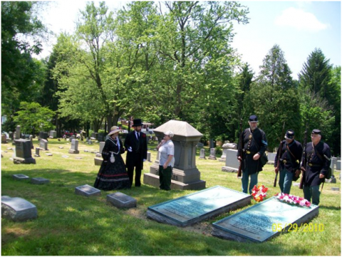 Francis and Julia Pierpont re-enactors at Woodlawn Cemetery